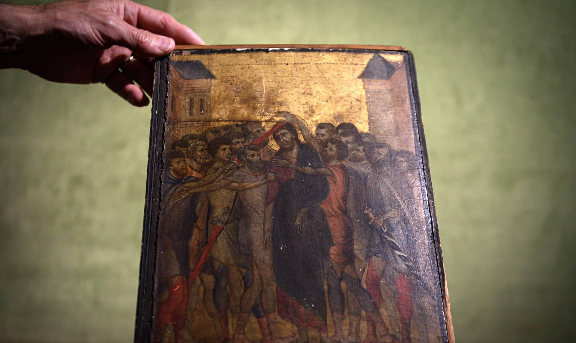 Descubierta en casa de una anciana en Francia una pintura del siglo XIII valorada en más de cuatro millones
